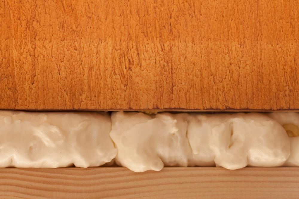 spray foam insulation in door frame